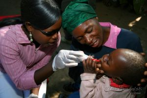 2009-07 (Zim- Med Clinic)_0052EDIT.jpg