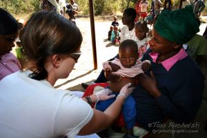 2009-07 (Zim- Med Clinic)_0057EDIT.jpg