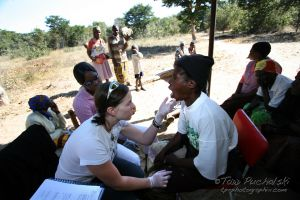 2009-07 (Zim- Med Clinic)_0070EDIT.jpg
