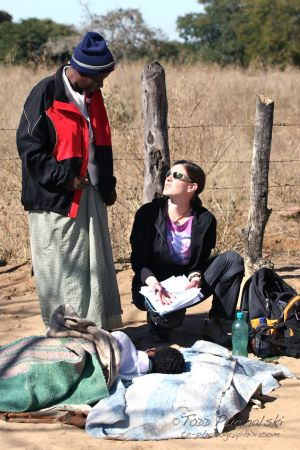 2009-07 (Zim- Med Clinic)_0168EDIT.jpg