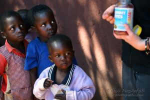 2009-07 (Zim- Med Clinic)_0174EDIT.jpg