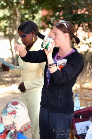 2009-07 (Zim- Med Clinic)_0200EDIT.jpg