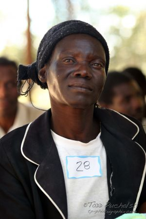 2009-07 (Zim- Med Clinic)_0213EDIT.jpg