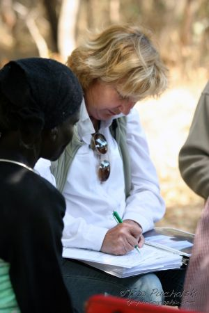 2009-07 (Zim- Med Clinic)_0239EDIT.jpg