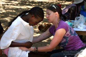 2009-07 (Zim- Med Clinic)_0248EDIT.jpg