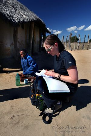 2009-07 (Zim- Med Clinic)_0315EDIT.jpg
