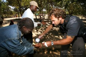 2009-07 (Zim- Med Clinic)_0328EDIT.jpg