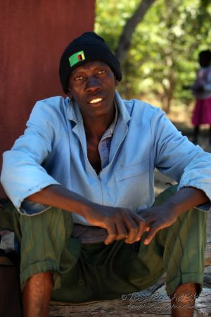 2009-07 (Zim- People)_0283EDIT.jpg